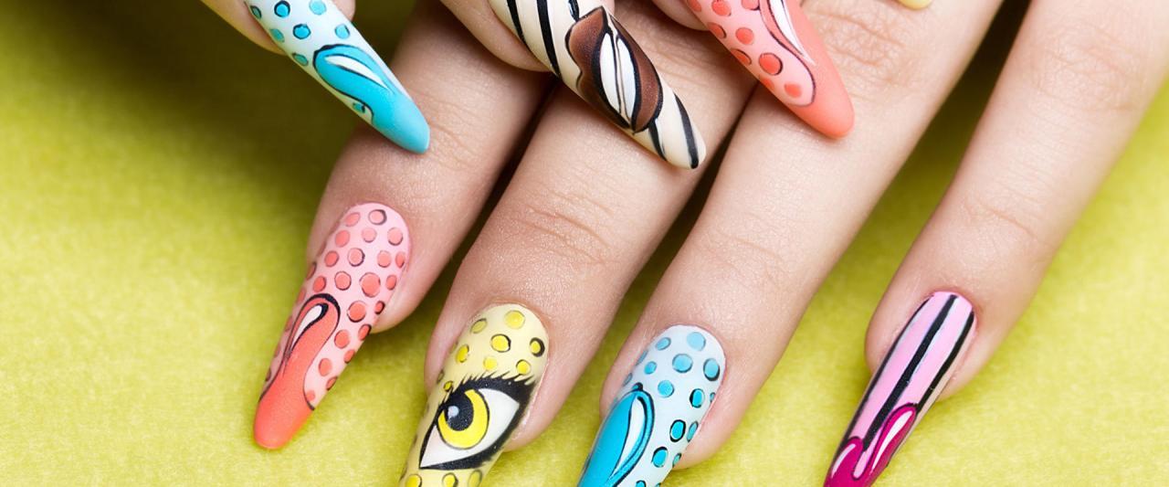 long_nails_
